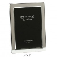 "CONTEMPORARY 4"" X 6"" SILVERPLATED FLAT EDGE PHOTO  FRAME BOXED"
